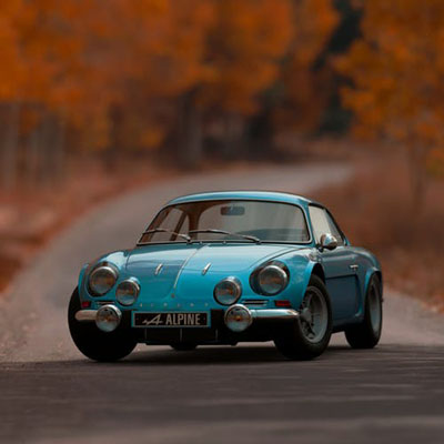 Check our collection of Classic Car Dealers 33